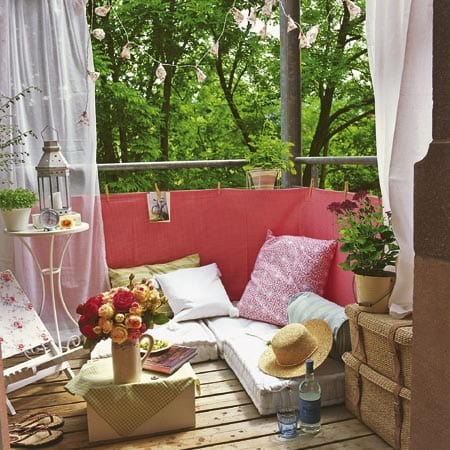 Balkon Ideen Mit Sichtschutz Und Sitzkissen Freshouse