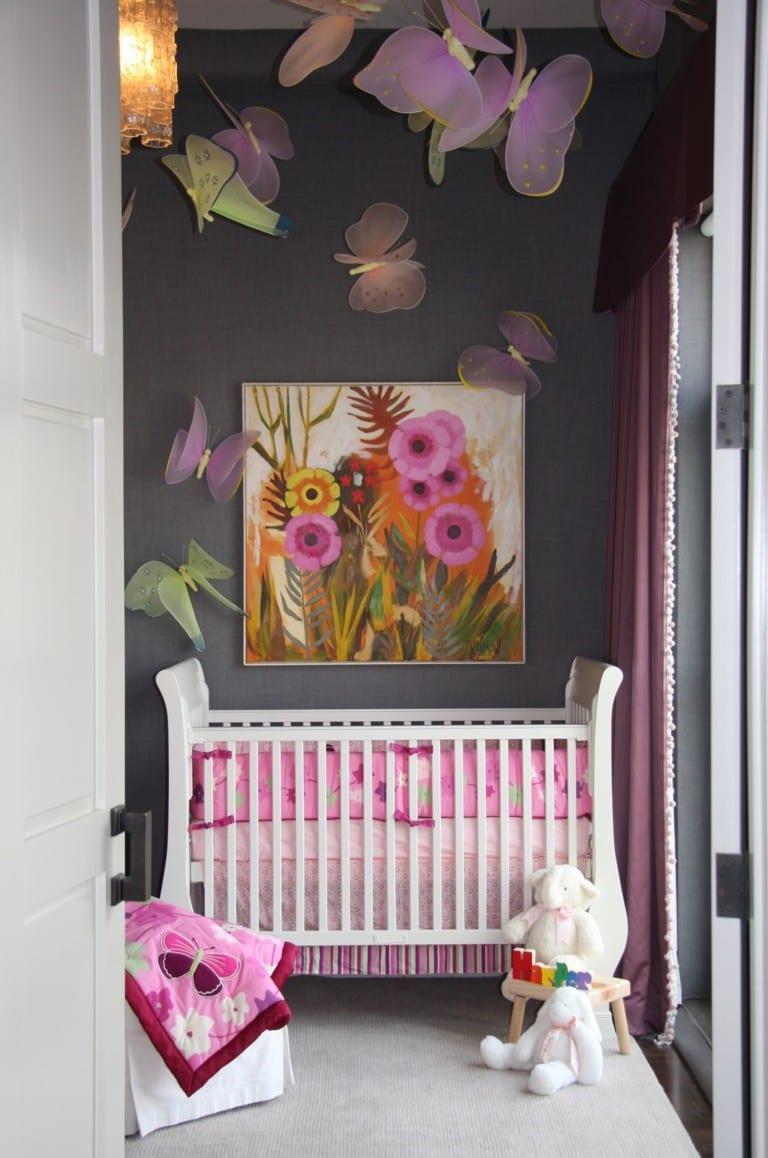 coole gestaltung mädchen babyzimmer mit wandfarbe grau und deko ...