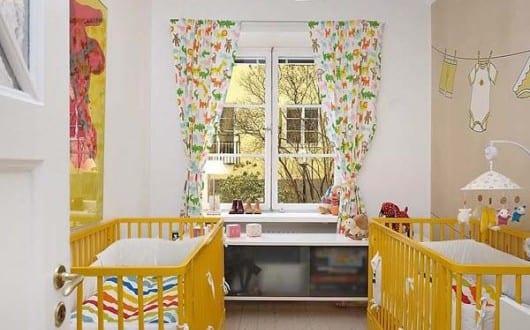 Kleines Babyzimmer Gestalten In Weiß Und Gelb Mit Wandgestaltung Und  Wanfarbe Beige