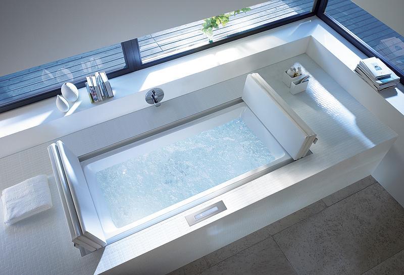 Luxus badezimmer mit whirlpool  luxus badezimmer gestalten mit eingebauter badewanne whirlpool ...