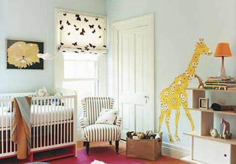 Mädchen Babyzimmer Einrichten Mit Wandtattii Giraffe Und Babyzimmer Teppich  Rosa