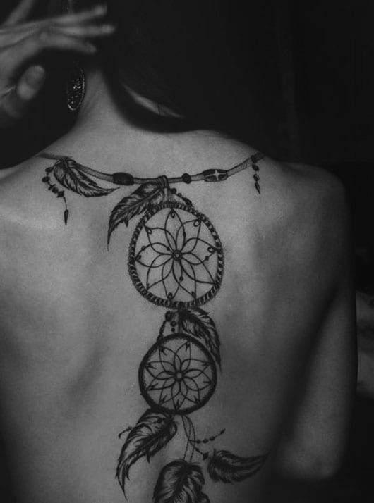 rücken tattoo ideen für frauen