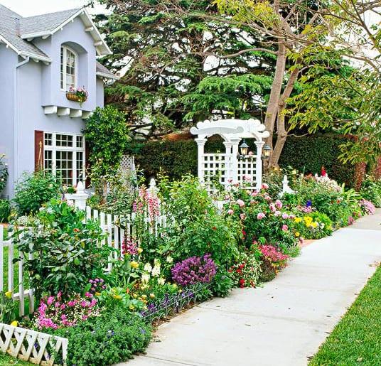 cottage garden als vorgarten gestalten freshouse. Black Bedroom Furniture Sets. Home Design Ideas