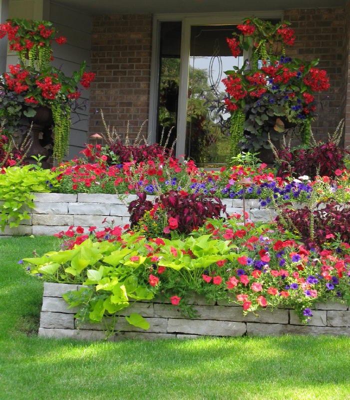 Garten design ideen mit blumen freshouse for Garten design ideen