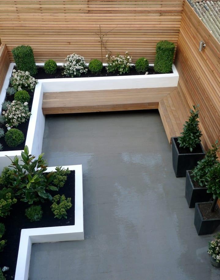 Mein Schöner Garten Mit Gartenbank Und Gartenpflanzen Gestalten