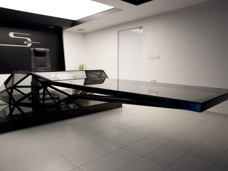 Moderne luxus büro  moderner Büroraum Einrichtung in schwarz mit konferenz- und ...