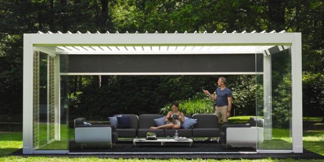 sch ne gartenideen f r gartengestaltung mit berdachter terrasse als gartenlaube in wei mit. Black Bedroom Furniture Sets. Home Design Ideas