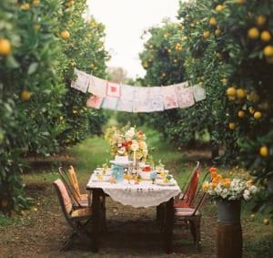 Gartenparty deko idee mit Textiltüchern