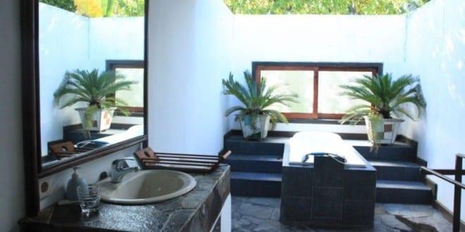 badezimmer inspiration für badewanne schwarz im freien