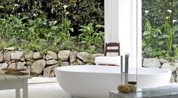 badezimmer inspiration für badezimmer ohne fliesen mit freistender badewanne weiß im aißenbereich