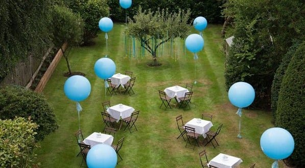 blaue luftbalons f r gartenparty freshouse. Black Bedroom Furniture Sets. Home Design Ideas
