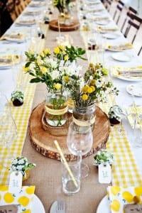 coole dekoration in gelb für gartenparty und als tischdeko idee