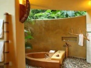 coole idee für modernes badezimmer im freien