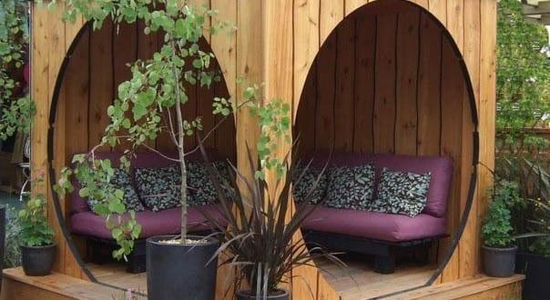garten ideen f r sitzecke und wohnzimmereinrichtung im garten freshouse. Black Bedroom Furniture Sets. Home Design Ideas