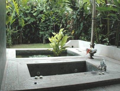 Idee Für Badewanne Einmauern Im Außenbereich