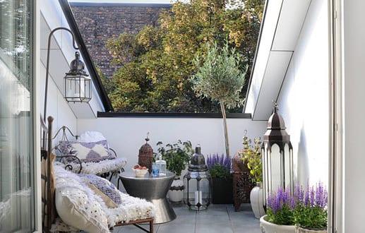 Kleines Wohnzimmer Dekorieren ~ Kleiner balkon dekorieren als kleines wohnzimmer draußen freshouse