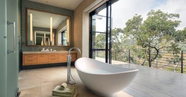 moderne badezimmer inspiration mit freistehender badewanne und ...