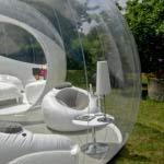 gartengestaltung mit Blasenzelt als Gästehaus