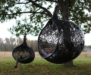 schwarzer Kugel-Hängesessel Manu Nest