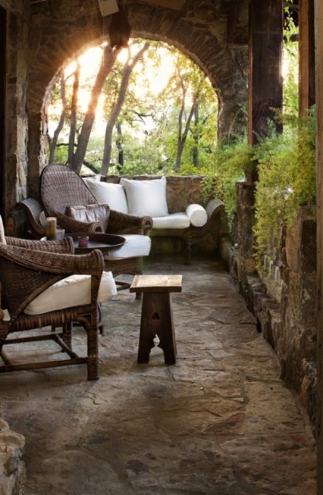 Wohnzimmer Antik | Wohnzimmer Antik Draussen Mit Moderne Terrassenmobel Aus Rattan