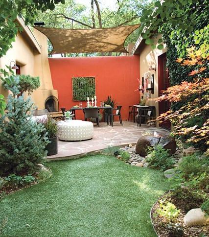 wohnzimmer im garten mit sonnensegel zum. Black Bedroom Furniture Sets. Home Design Ideas