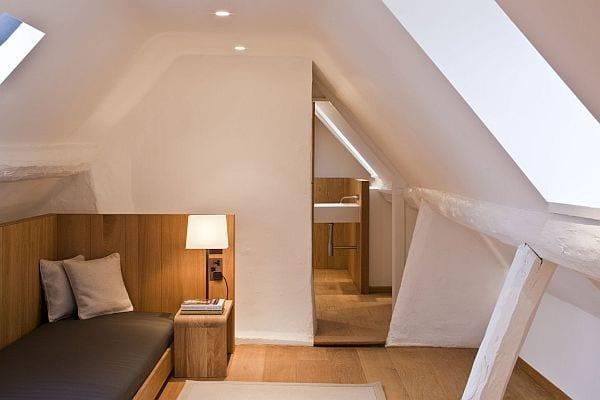 coole schlafzimmer ideen f r kleines schlafzimmer mit dachschr ge und badezimmer freshouse. Black Bedroom Furniture Sets. Home Design Ideas