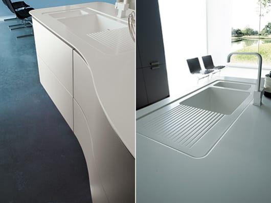 Kochinsel-Weiß-Für-Luxus-Küche-Design - Freshouse