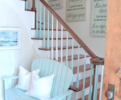Treppengelander Streichen In Hellblau Freshouse