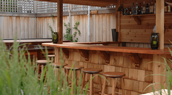 garten bar aus holz f r garten terrasse gestaltung freshouse. Black Bedroom Furniture Sets. Home Design Ideas