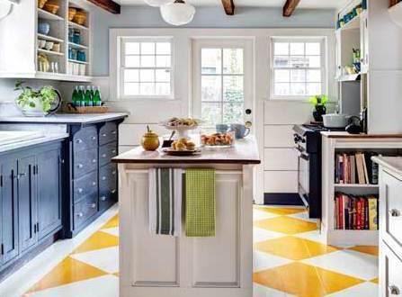 bodengestaltung in der küche und coole streichen idee für holzbodenbelag