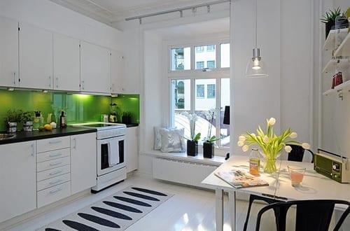 interessante k chenideen f r kleine k che wei schwarz freshouse. Black Bedroom Furniture Sets. Home Design Ideas