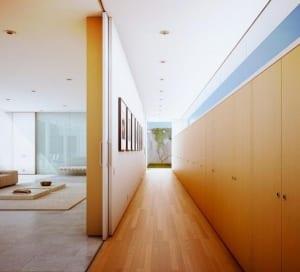 minimalistische wohnidee und moderne flurgestaltung_darstellung von MARC CANUT