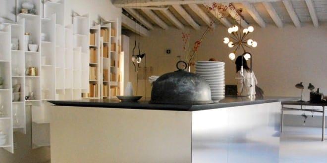 moderne küche weiß von boffi und coole wandgestaltung küche mit ...