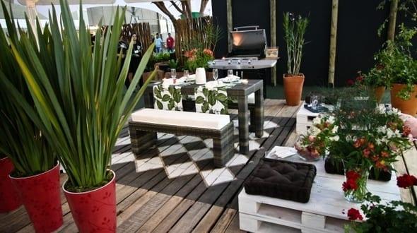 Terrasseneinrichtung Mit Diy Terrassenmobeln Aus Paletten Freshouse