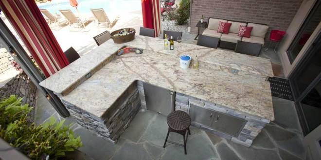 terrasse gestalten mit diy gartenbar aus naturstein freshouse. Black Bedroom Furniture Sets. Home Design Ideas