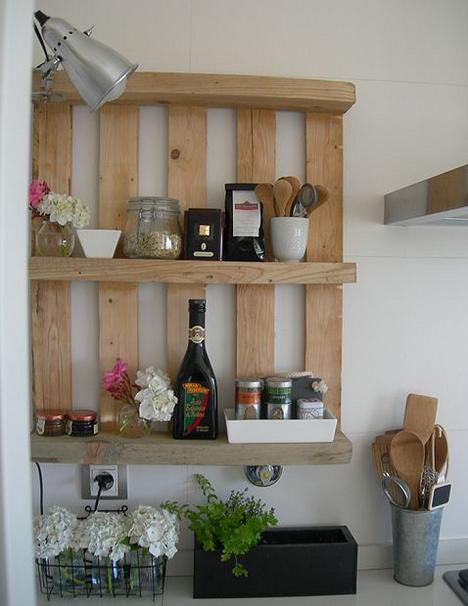 Küchenregal aus europaletten  DIY Küchenregal aus paletten - fresHouse