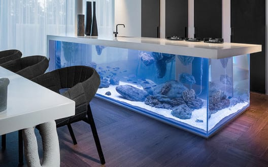 moderne aquarium kochinsel f r luxuri se k che freshouse. Black Bedroom Furniture Sets. Home Design Ideas