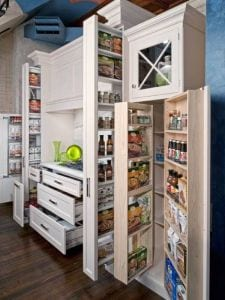 coole idee küche mit platzsparenden Küchenschränken