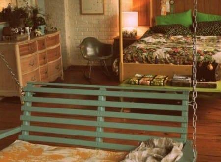 coole schlafzimmer einrichtung mit schaukel