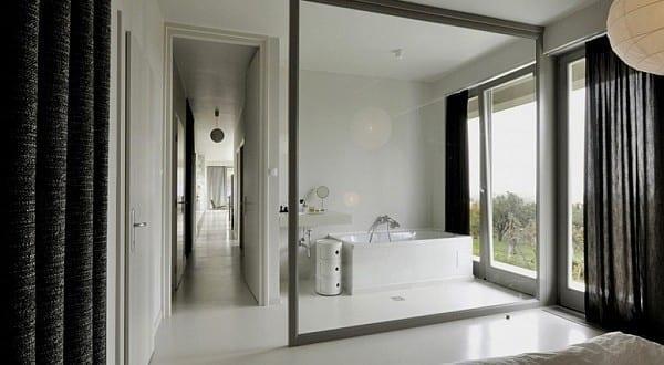 Glaswand Als Raumteiler Inspiration Für Schicke Raumtrennung Im Schlafzimmer  Mit Bad