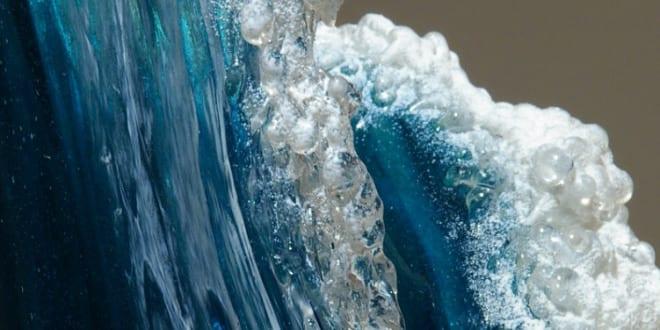 interessante vasen und skulpturen durch glasblasen_ocean wave vase für coole tischdekoration