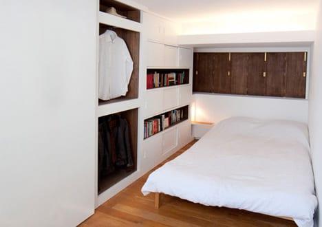 kleines schlafzimmer idee f r moderne einrichtung mit eingebauten wandschr nken freshouse. Black Bedroom Furniture Sets. Home Design Ideas