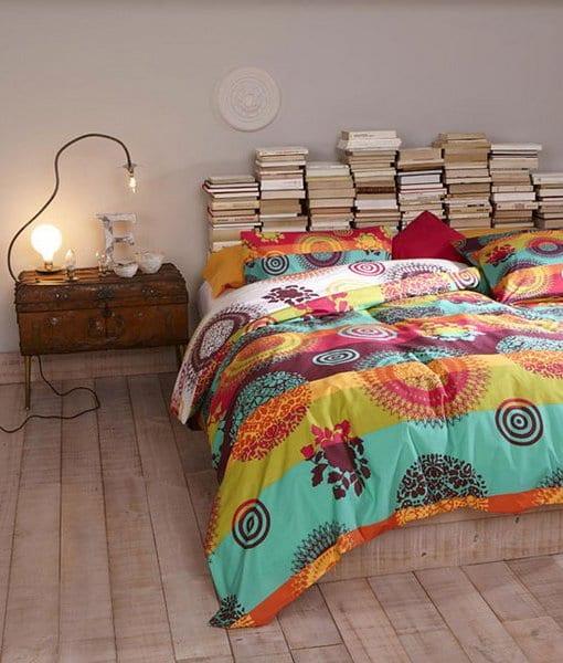 Kreative Schlafzimmer Dekoration Mit Diy Kopfteil Aus Buchern