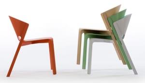 markantes Holz-esszimmerstuhl- design von Benjamin Hubert