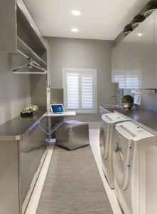 moderne kleine waschküche einrichtungsidee in grau