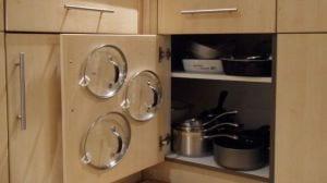 platzsparende idee für die küche und kreative lösung für aufbewahrung von Deckeln