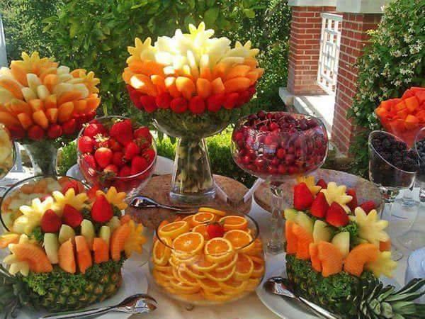 sommerparty-buffet mit früchten_coole Party-essen-ideen - fresHouse