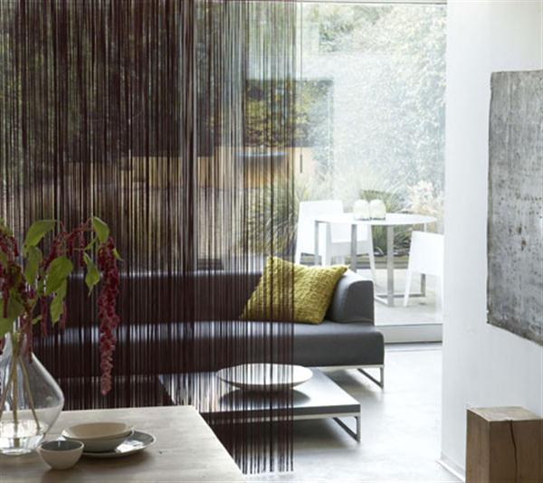 vorhang raumteiler inspiration f r dezente raumtrennung wohnzimmer freshouse. Black Bedroom Furniture Sets. Home Design Ideas