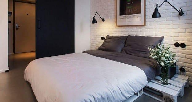 Wohnideen Schlafzimmer Diy diy bett mit nachtisch weiß aus europaletten wohnidee schlafzimmer