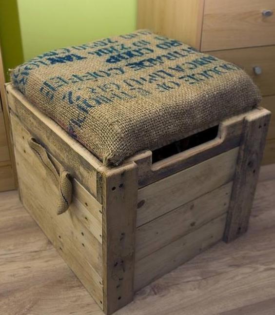 interessante paletten moebel bauen was kann man aus paletten bauen freshouse. Black Bedroom Furniture Sets. Home Design Ideas